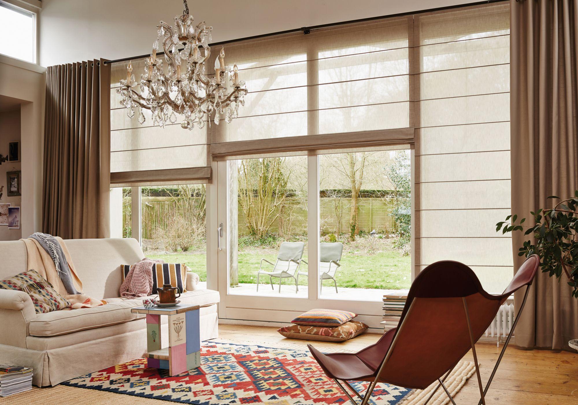 Modernistisk Harmonisk og luksuriøst med Liftgardiner og gardiner - Grorud BU-45